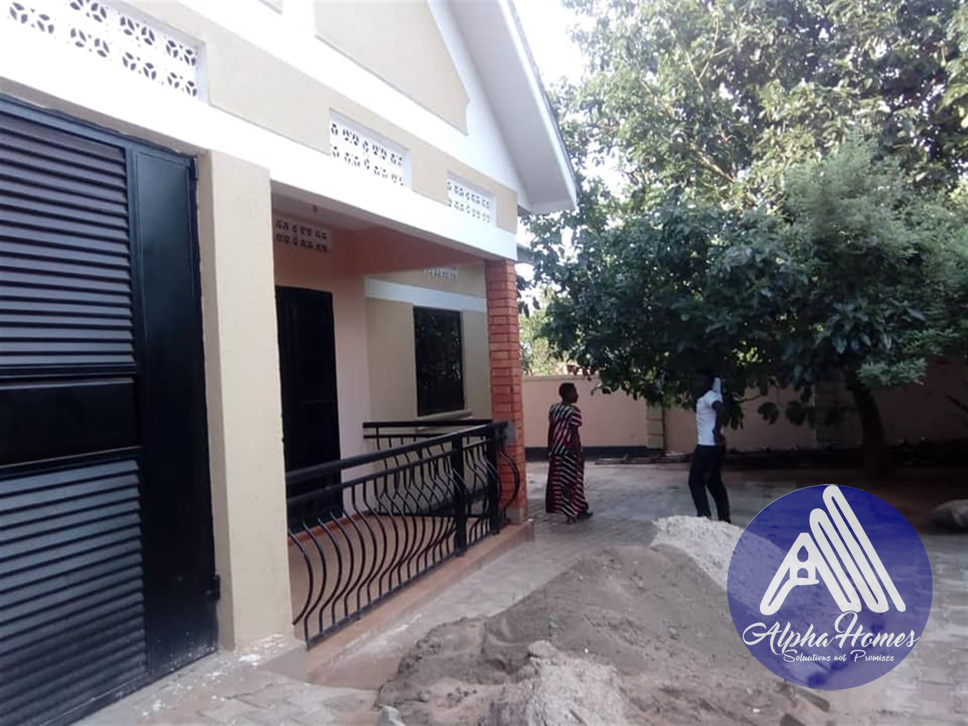 Bungalow for rent in Bweyogerere Kampala