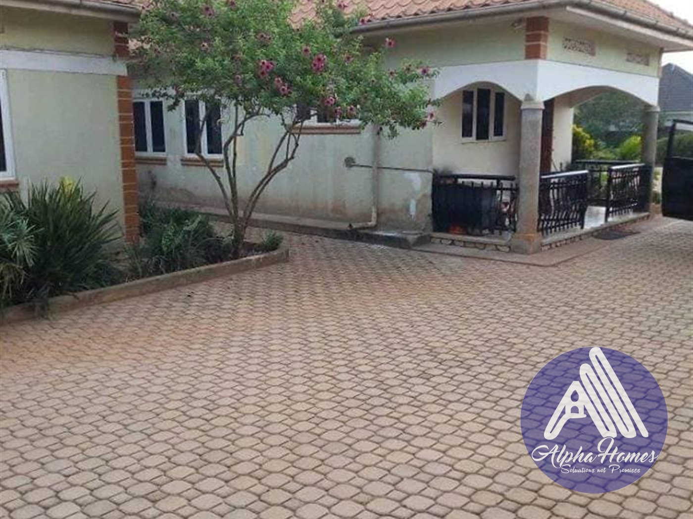 Bungalow for sale in Matuga Wakiso
