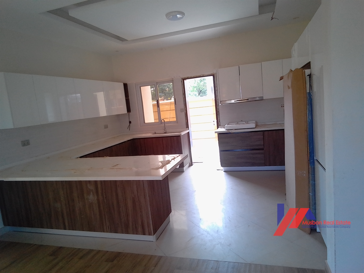 Mansion for sale in Kitintale Kampala