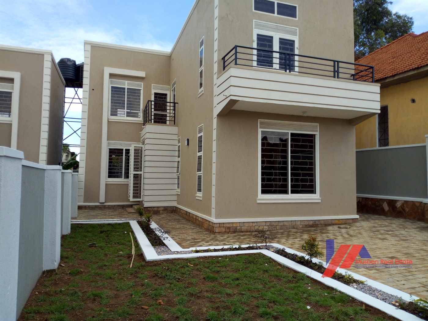 Villa for sale in Naalya Kampala