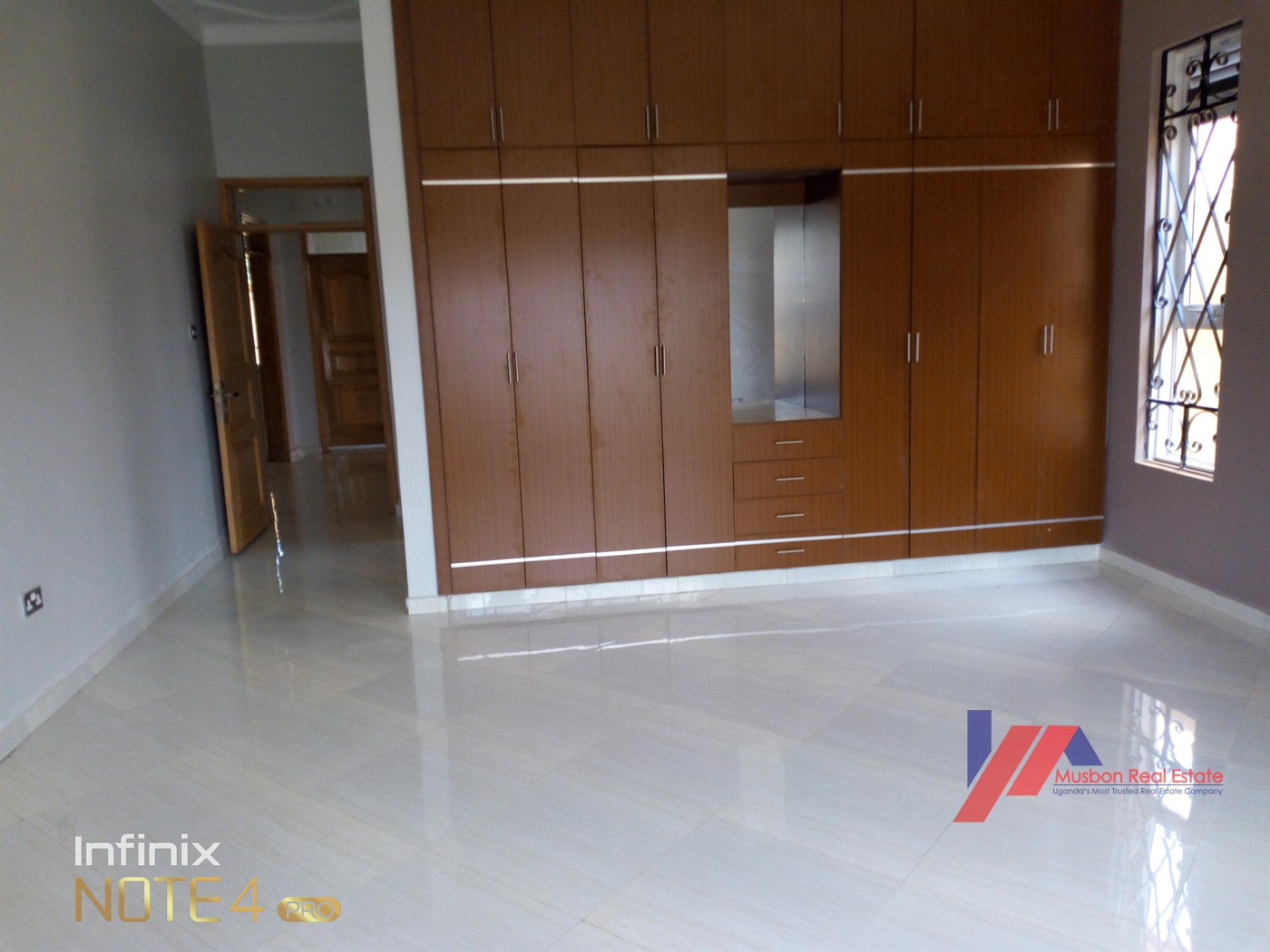 4 bedroom Mansion for sale in Kisaasi Kampala, code: 43968