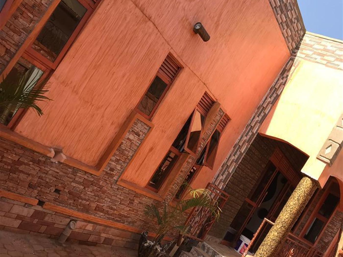 Bungalow for sale in Rubaga Kampala