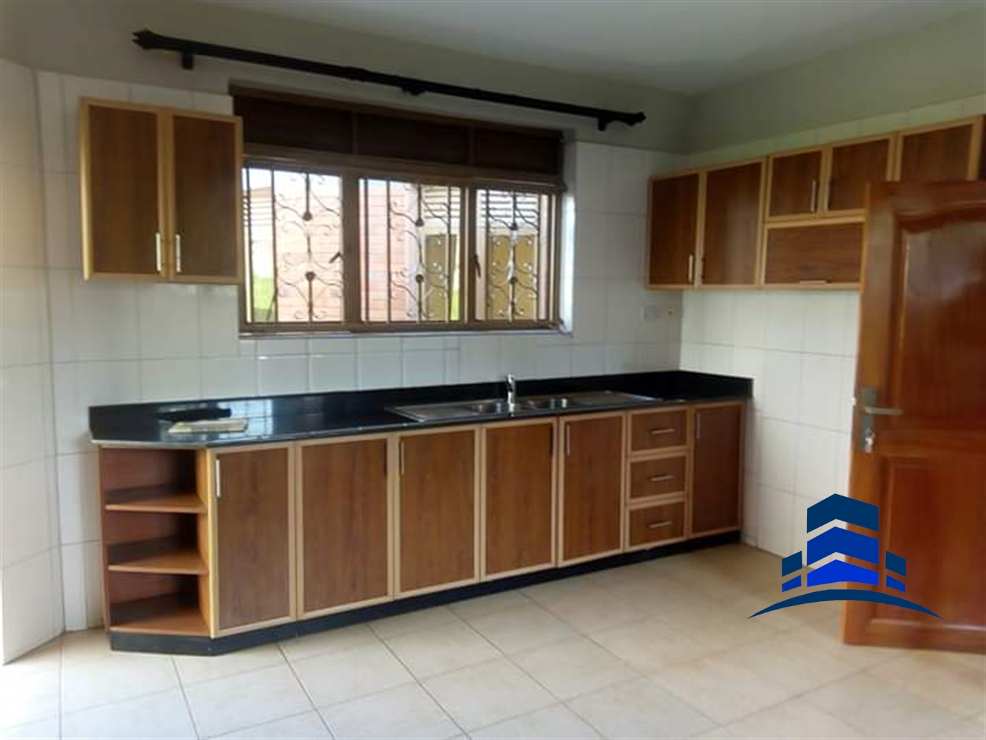 Villa for rent in Buziga Kampala