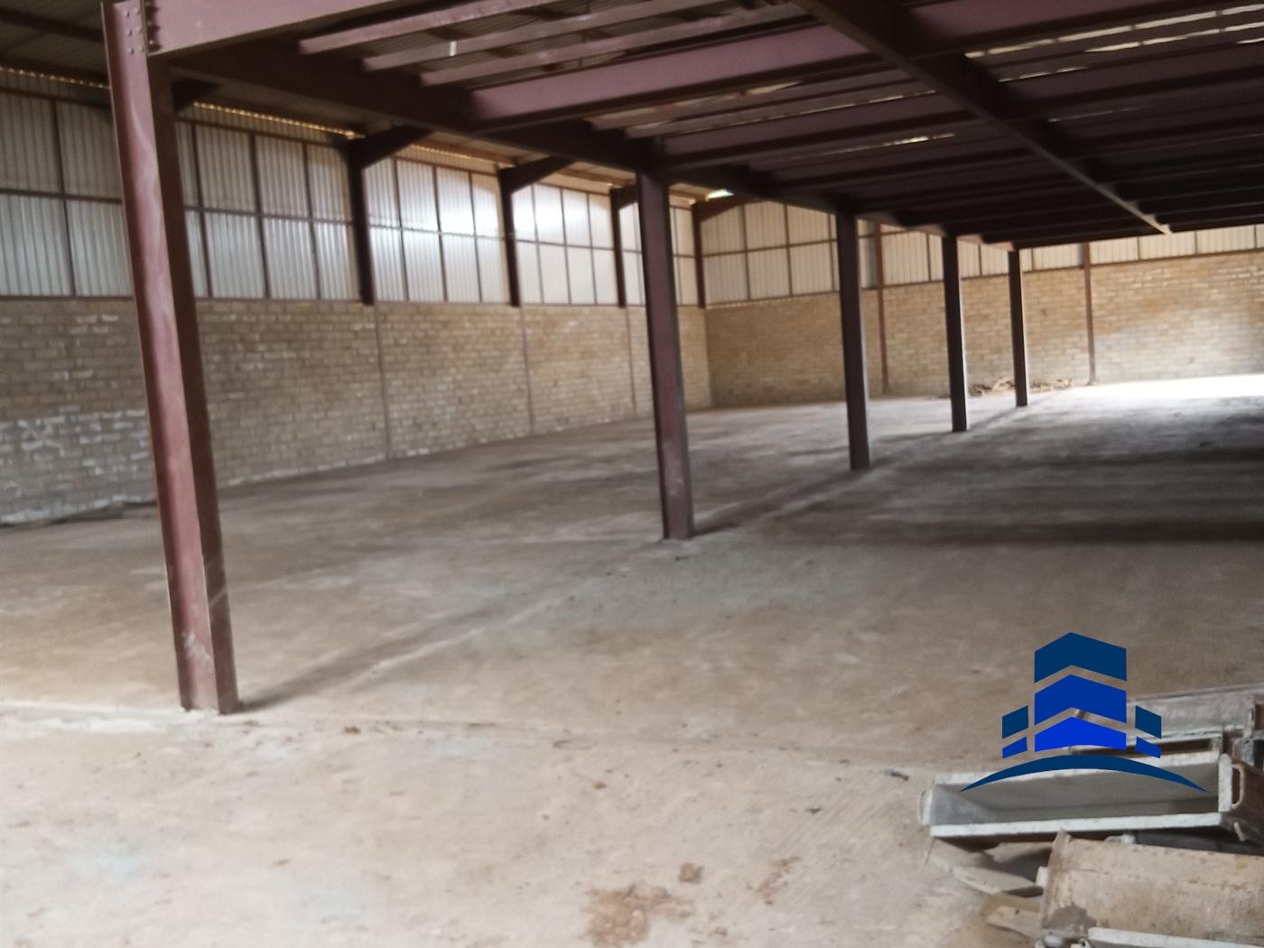 Warehouse for rent in Mukono Mukono