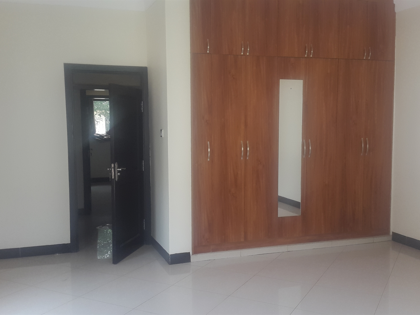 Maisonette for rent in Mbuya Kampala