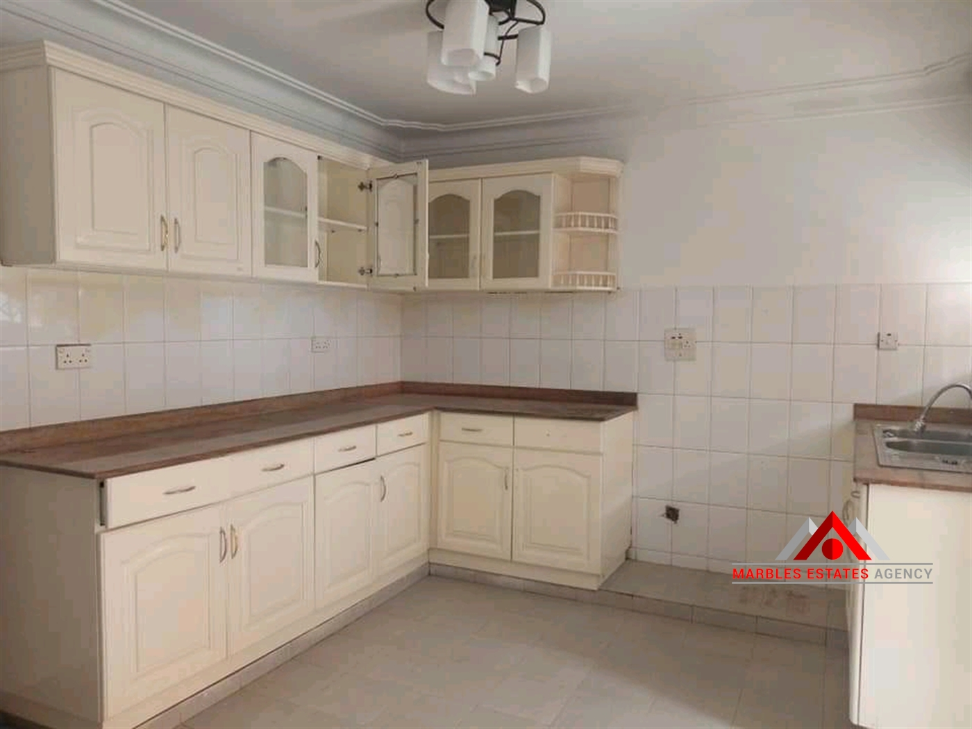 Semi Detached for rent in Bugolobi Kampala