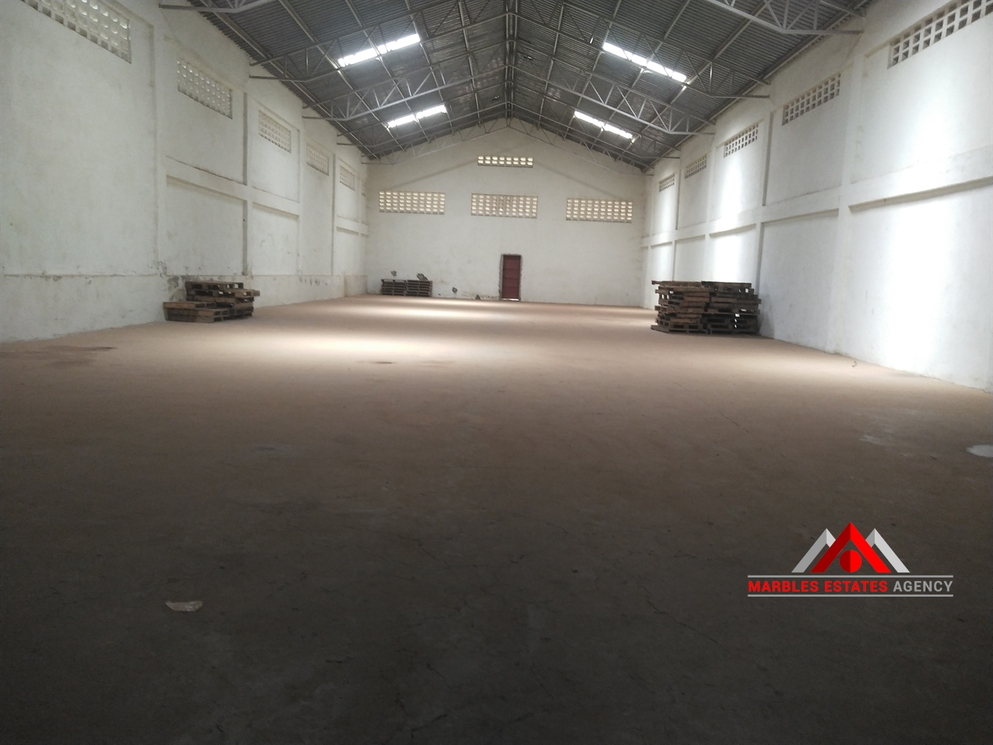 Warehouse for rent in Luzira Kampala