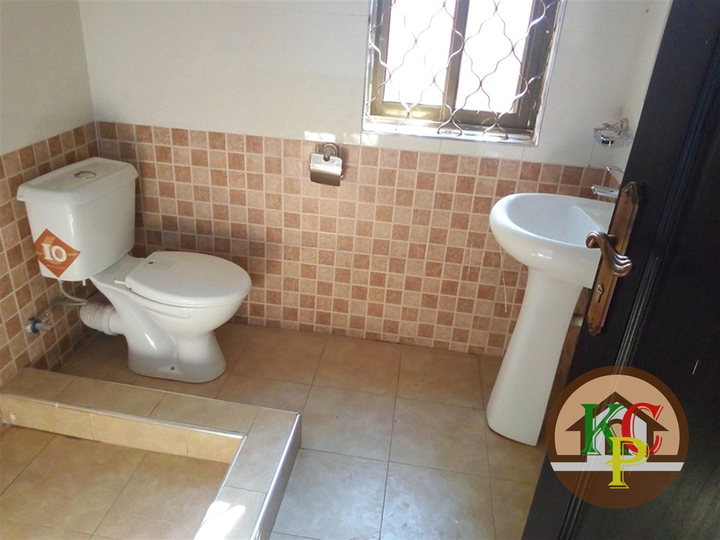 Apartment for rent in Mbalwa Kampala