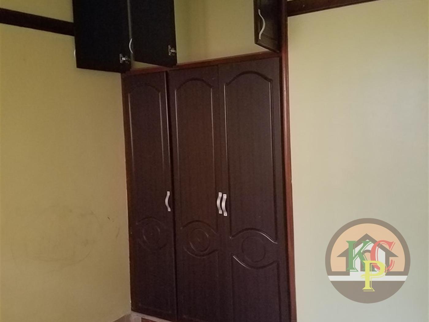 Semi Detached for rent in Bwebajja Wakiso