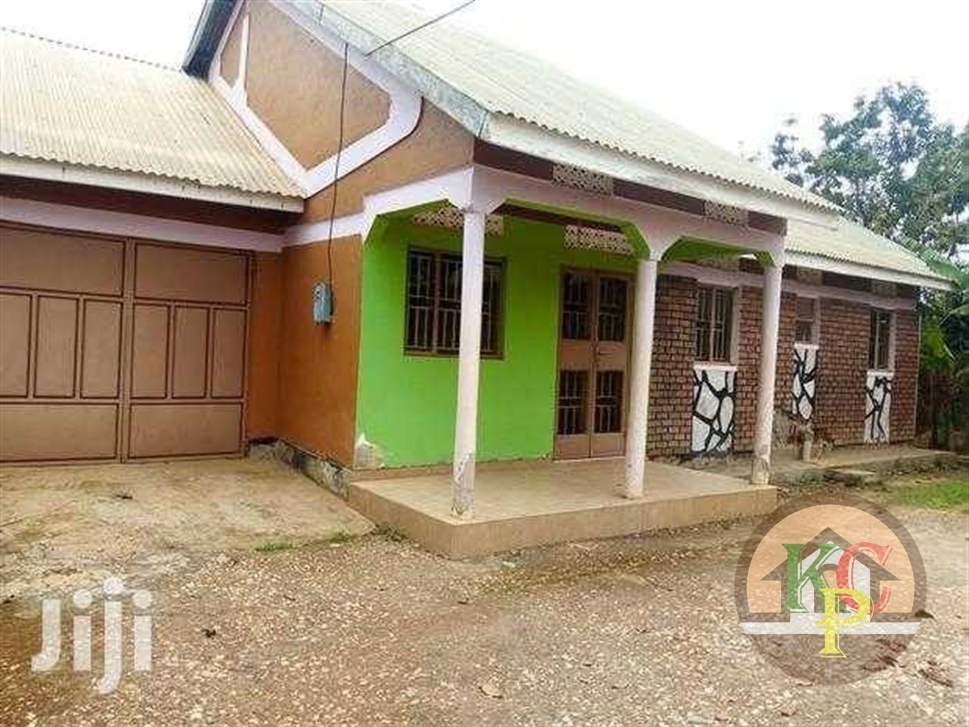 Bungalow for sale in Wantoni Mukono