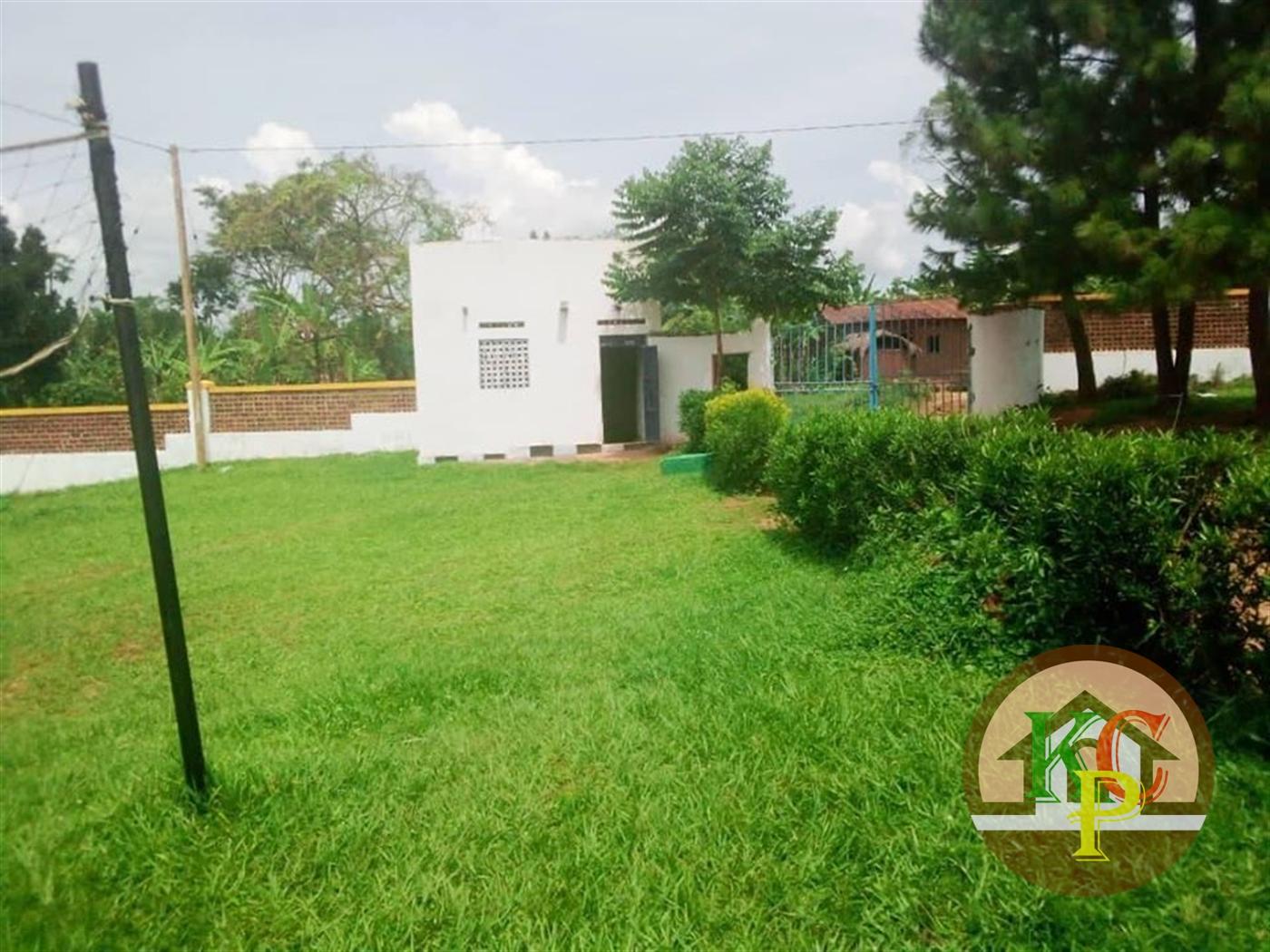 School for sale in Buyikwe Mukono
