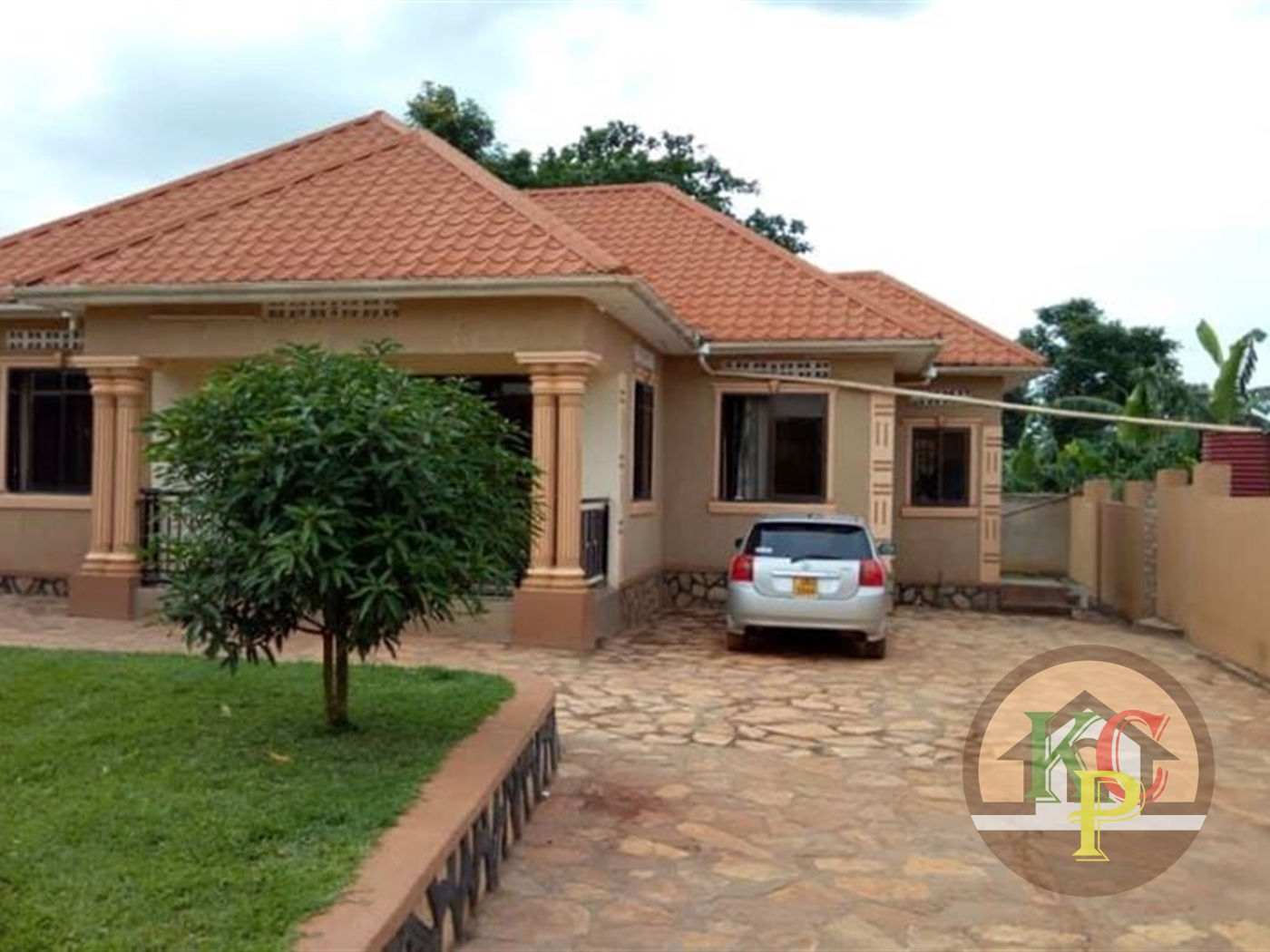 Bungalow for sale in Buwaate Kampala