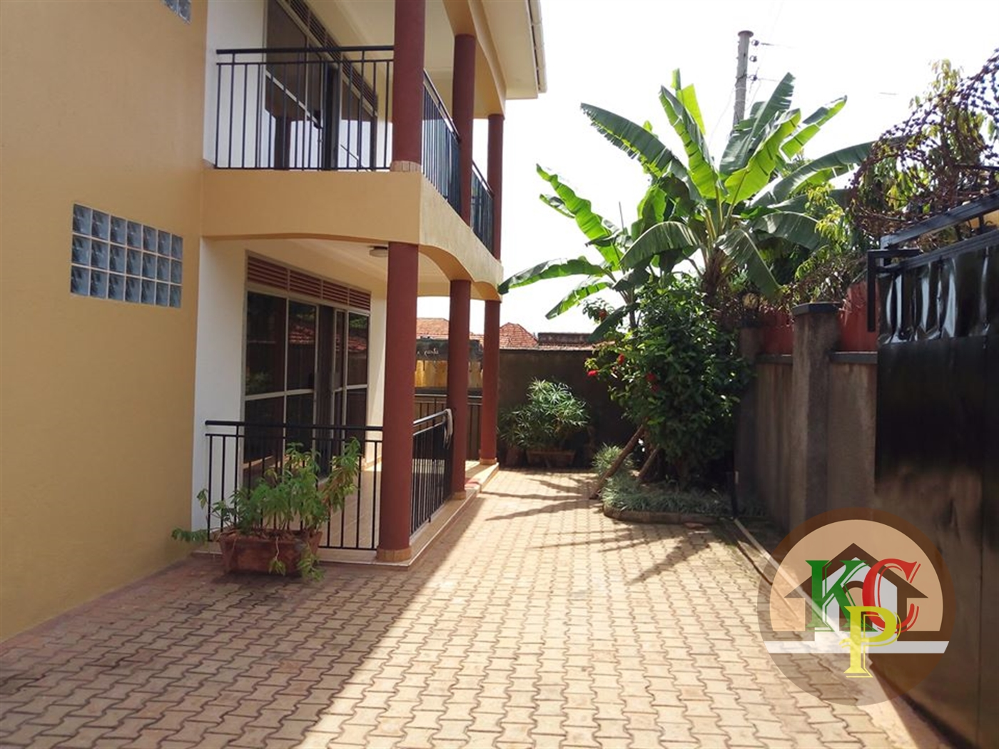 Duplex for rent in Naguru Kampala