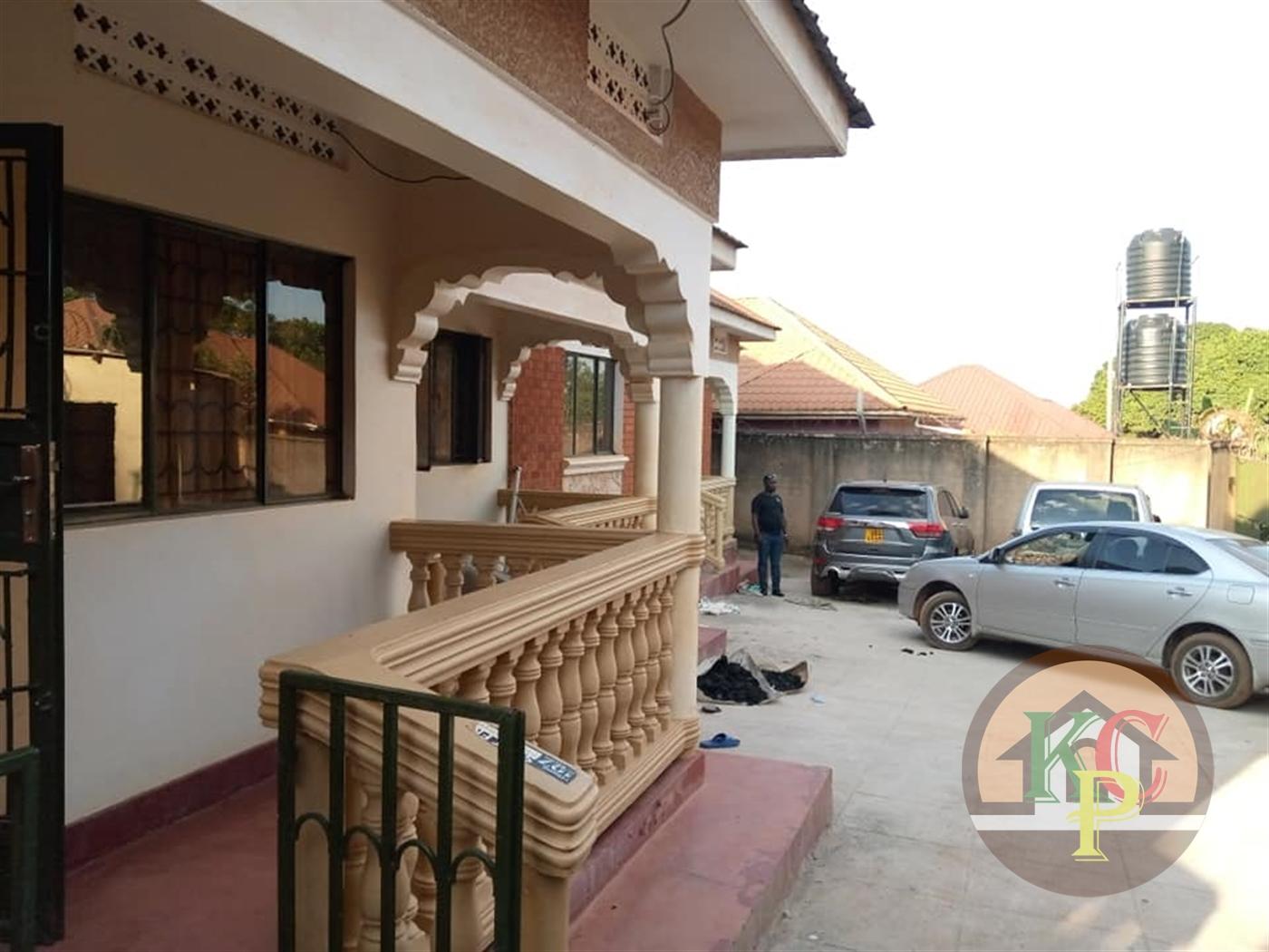 Semi Detached for rent in Kanyanya Kampala