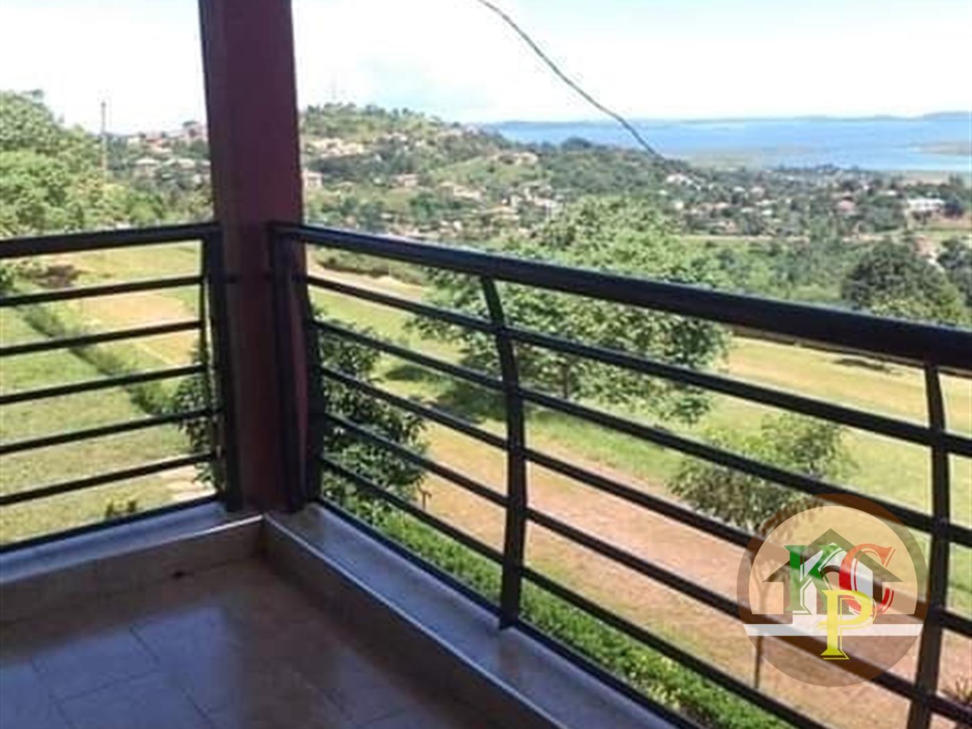 Mansion for rent in Bwebajja Wakiso