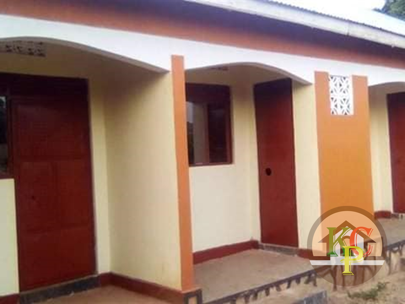 Semi Detached for rent in Nansana Kampala