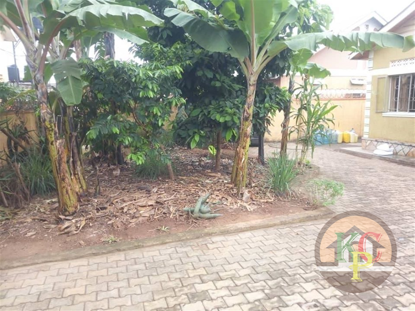 Bungalow for sale in Bweyogerere Wakiso