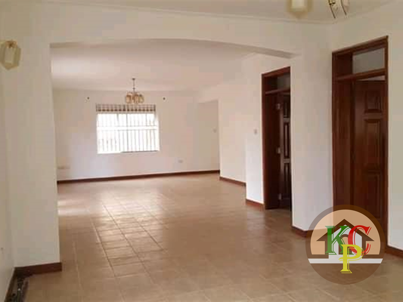 Mansion for rent in Mbuyahill Kampala