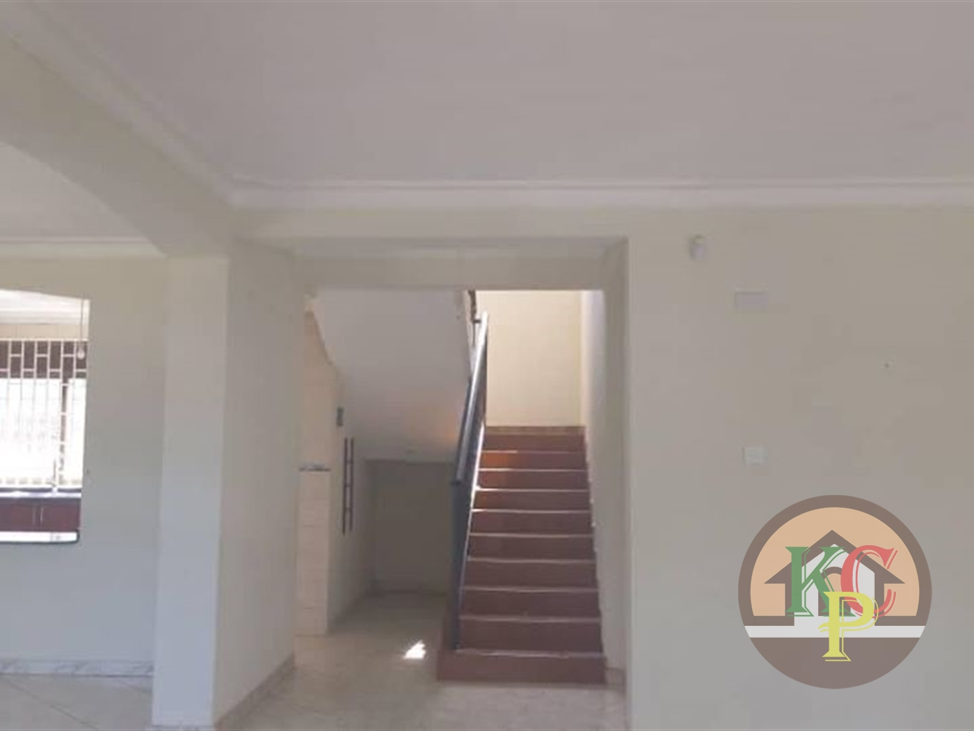 Mansion for rent in Munyonyo Kampala
