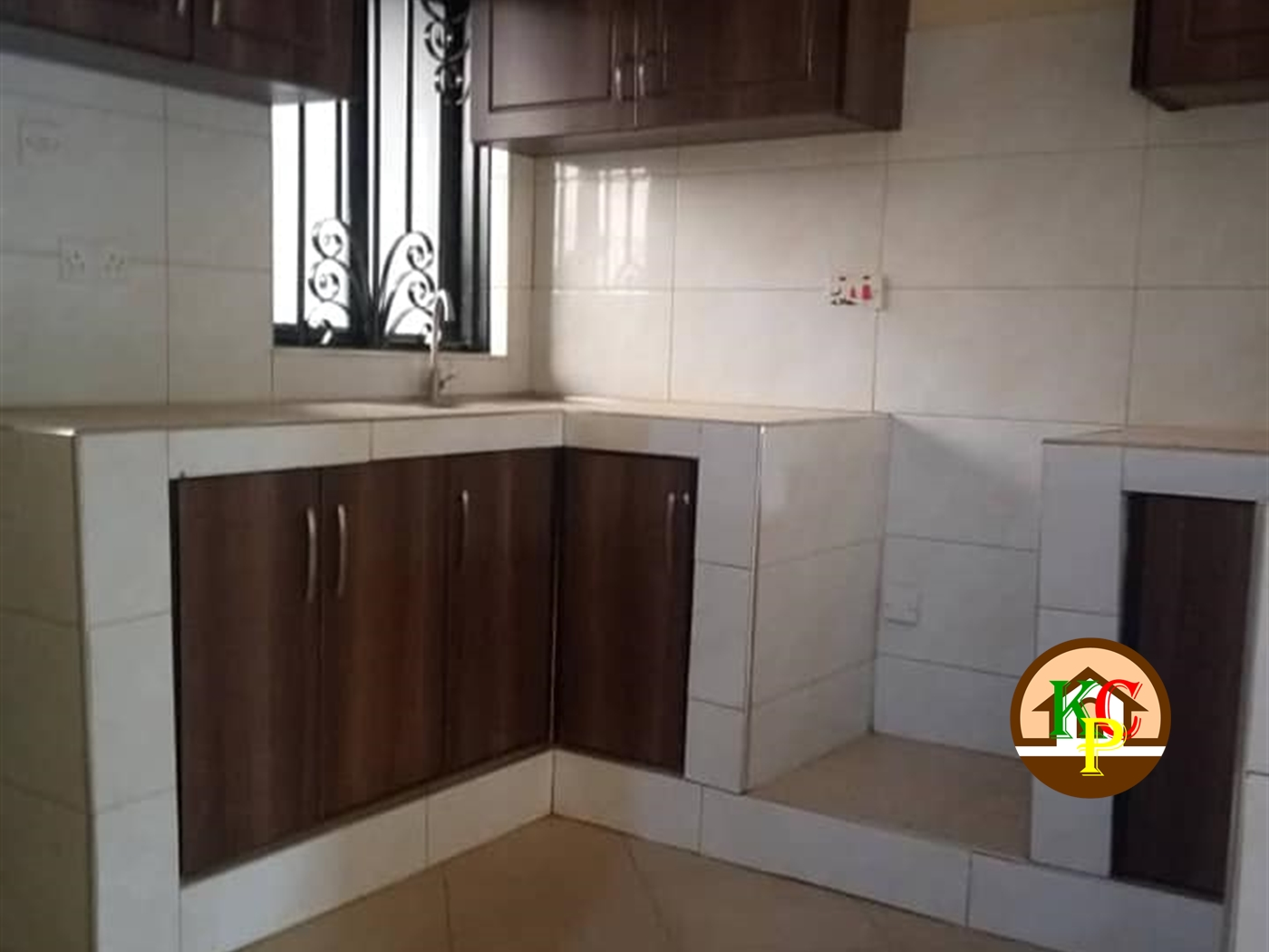 Semi Detached for rent in Kitende Wakiso