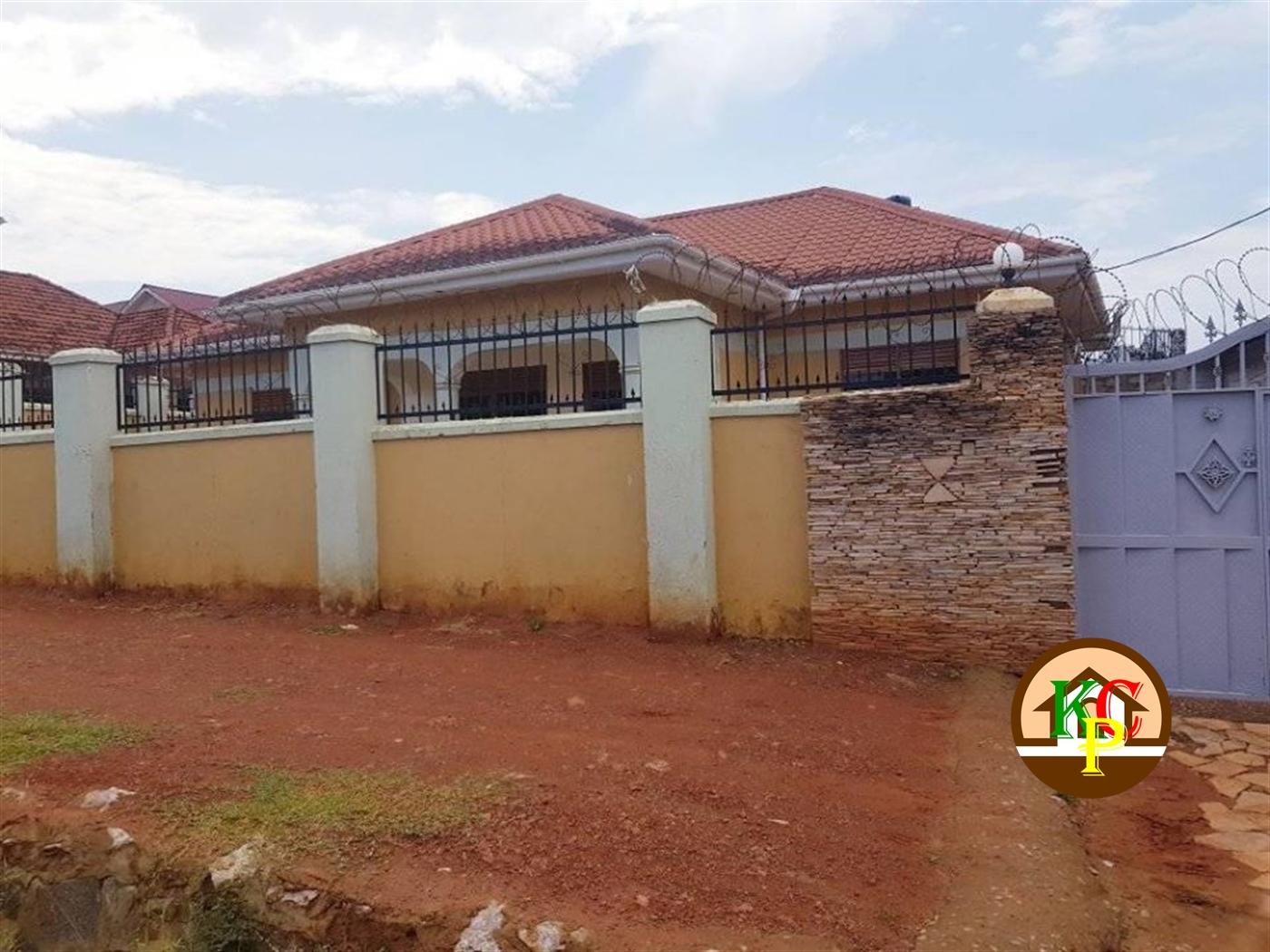 Bungalow for rent in Muyenga Kampala