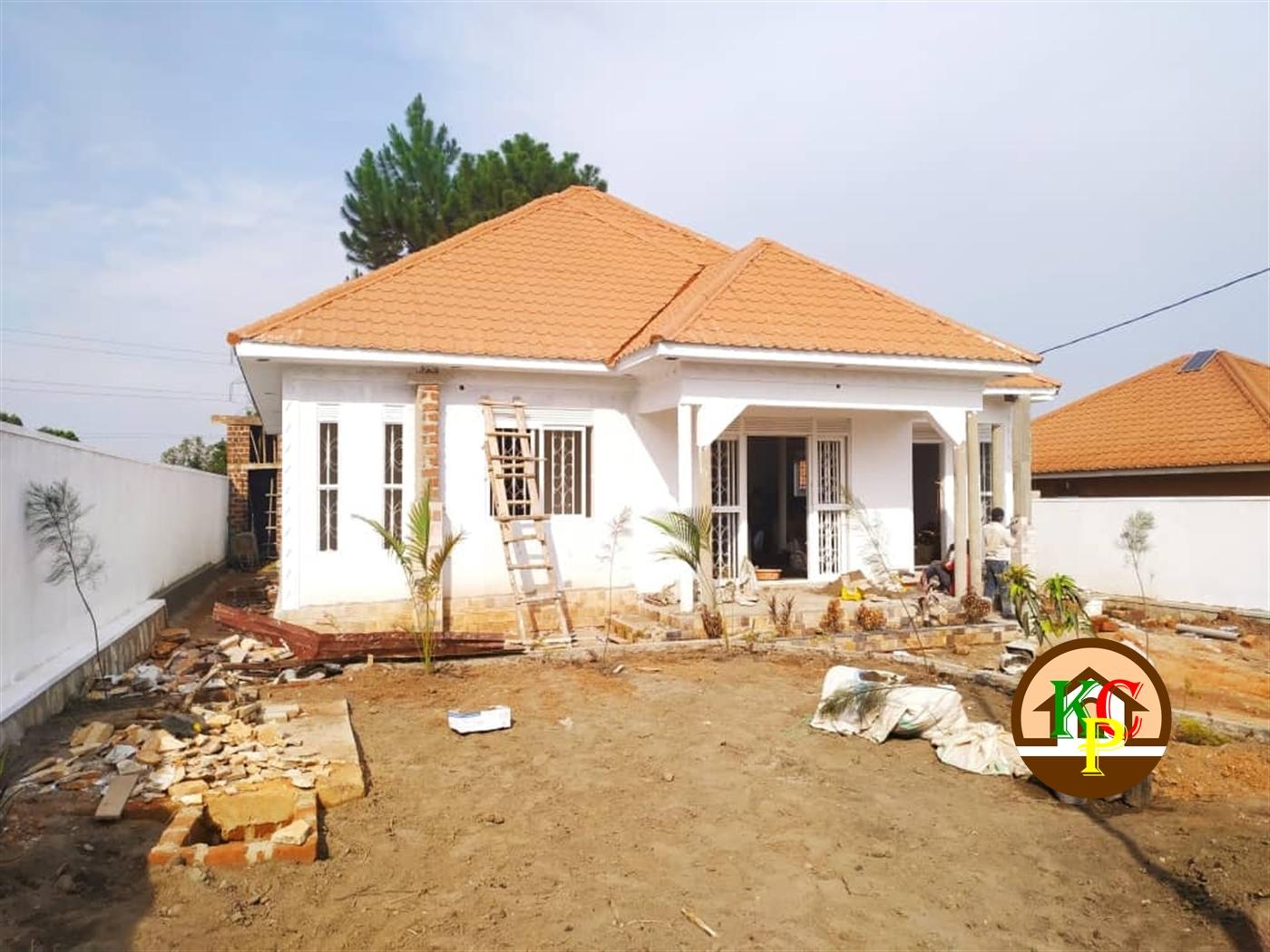 Bungalow for sale in Kiwango Mukono