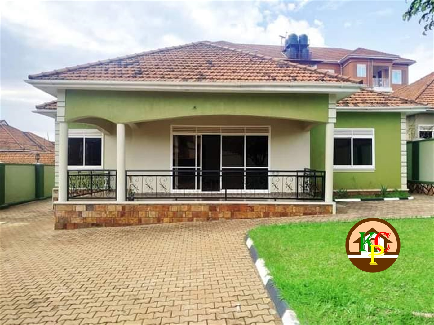 Bungalow for rent in Naalya Kampala