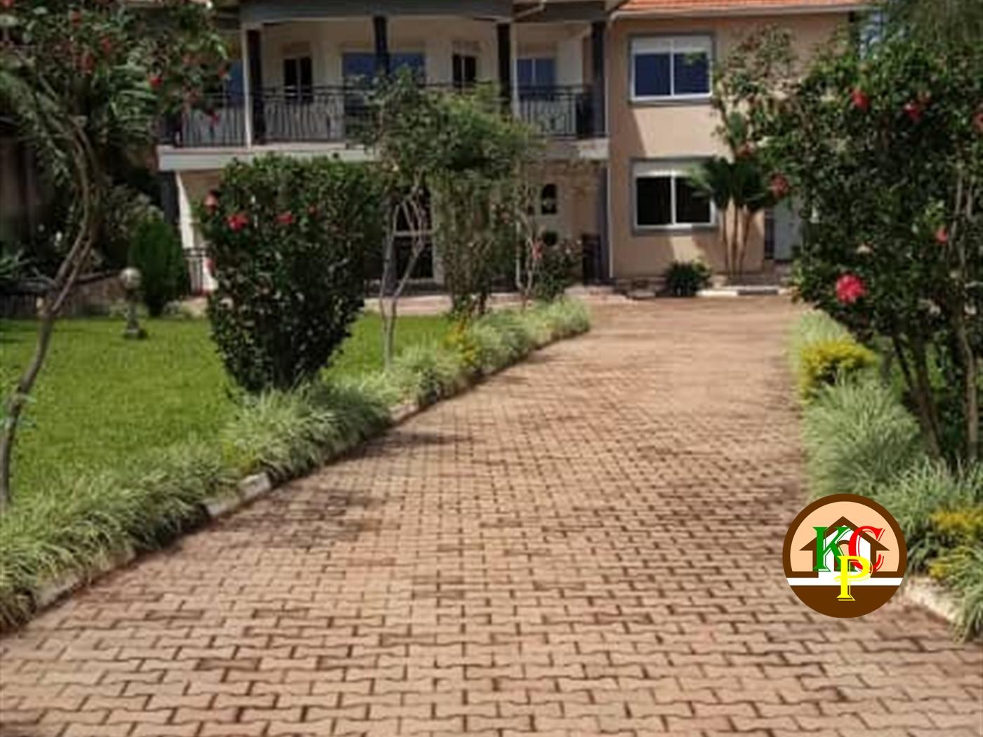 Storeyed house for rent in Bwebajja Wakiso