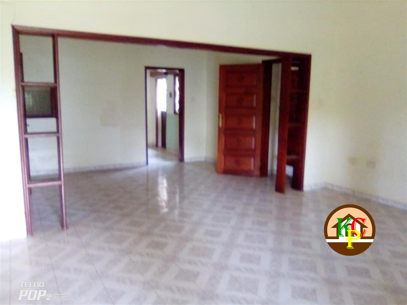 Bungalow for rent in Kololo Kampala