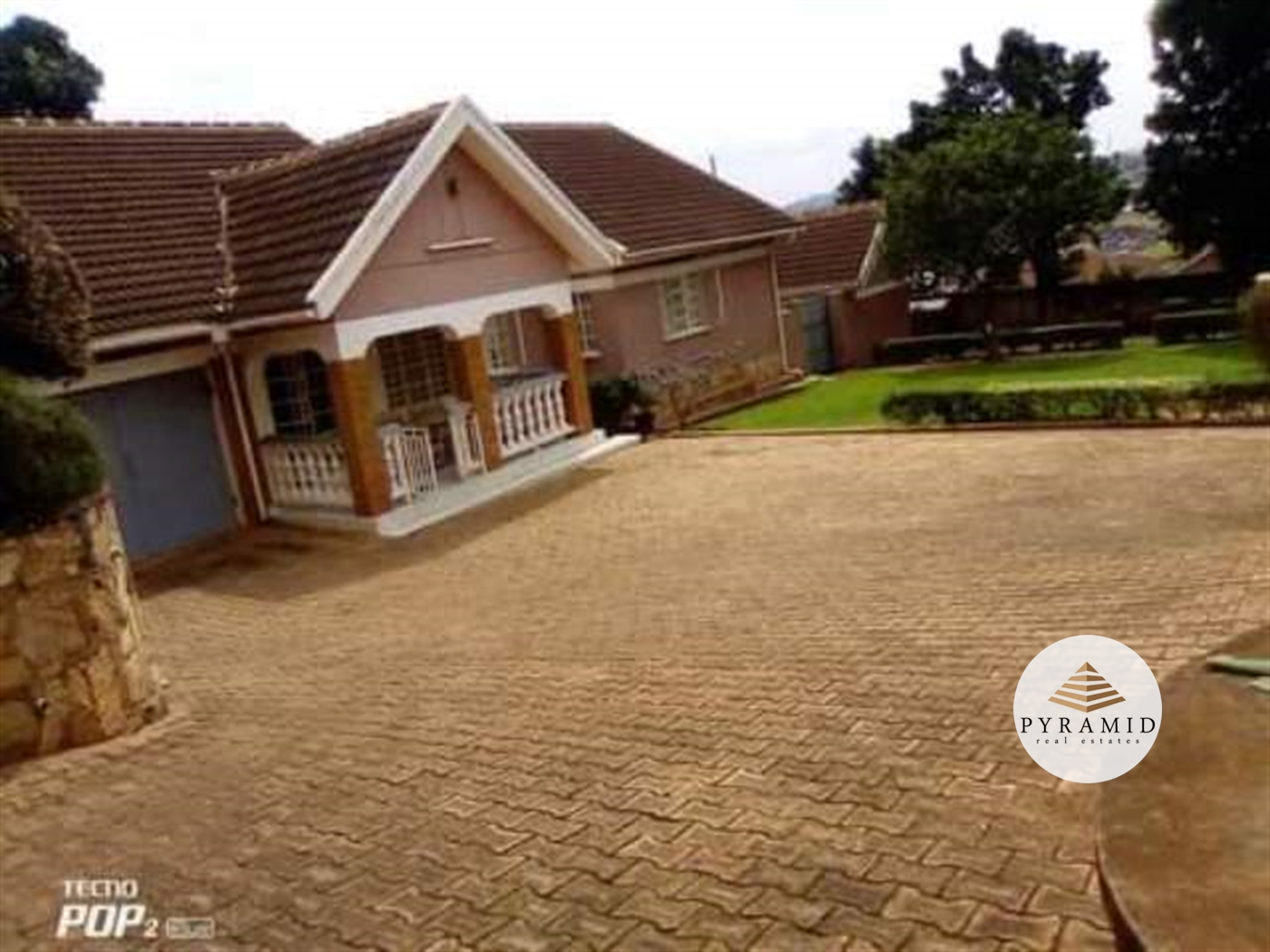 Bungalow for rent in Bukoto Kampala