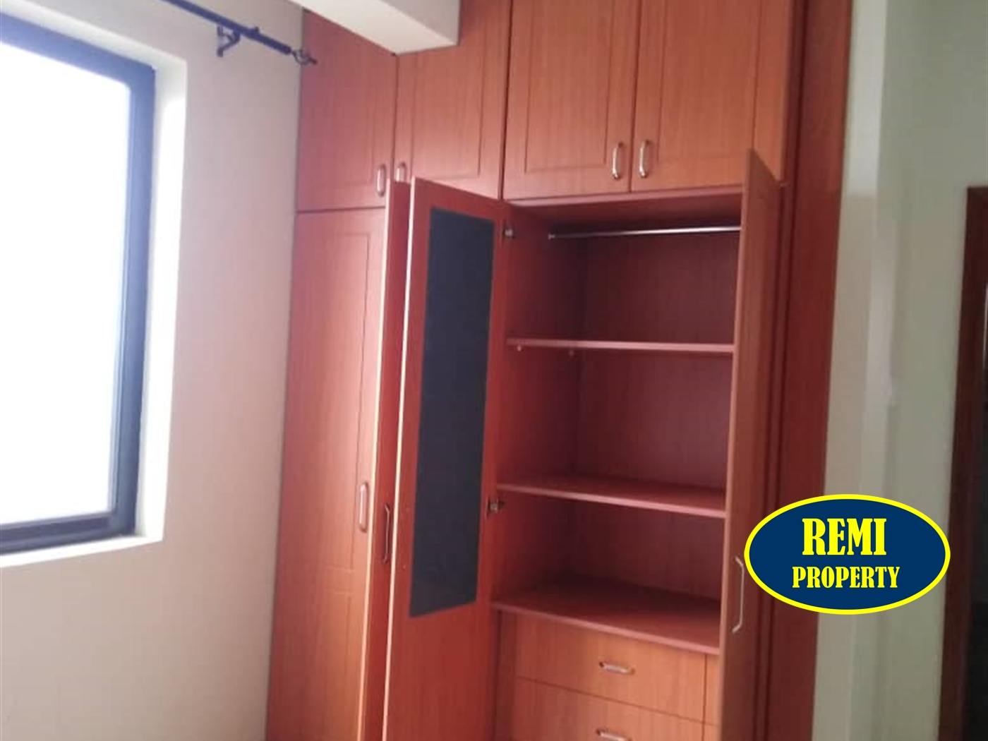 Apartment for sale in Kamwokya Kampala