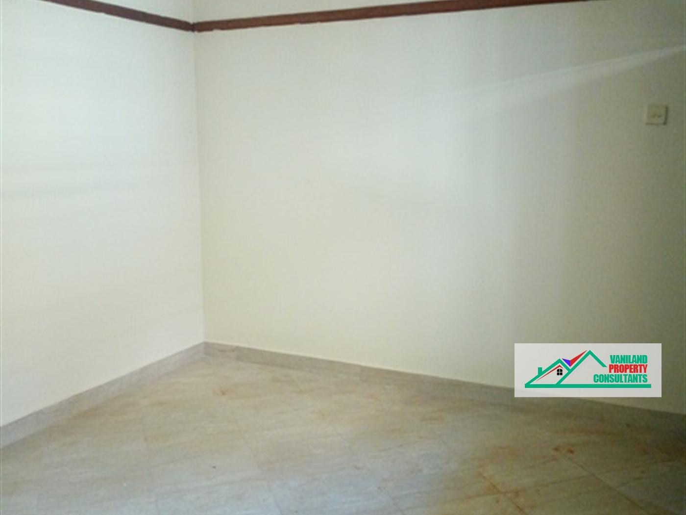 Semi Detached for rent in Zana Kampala