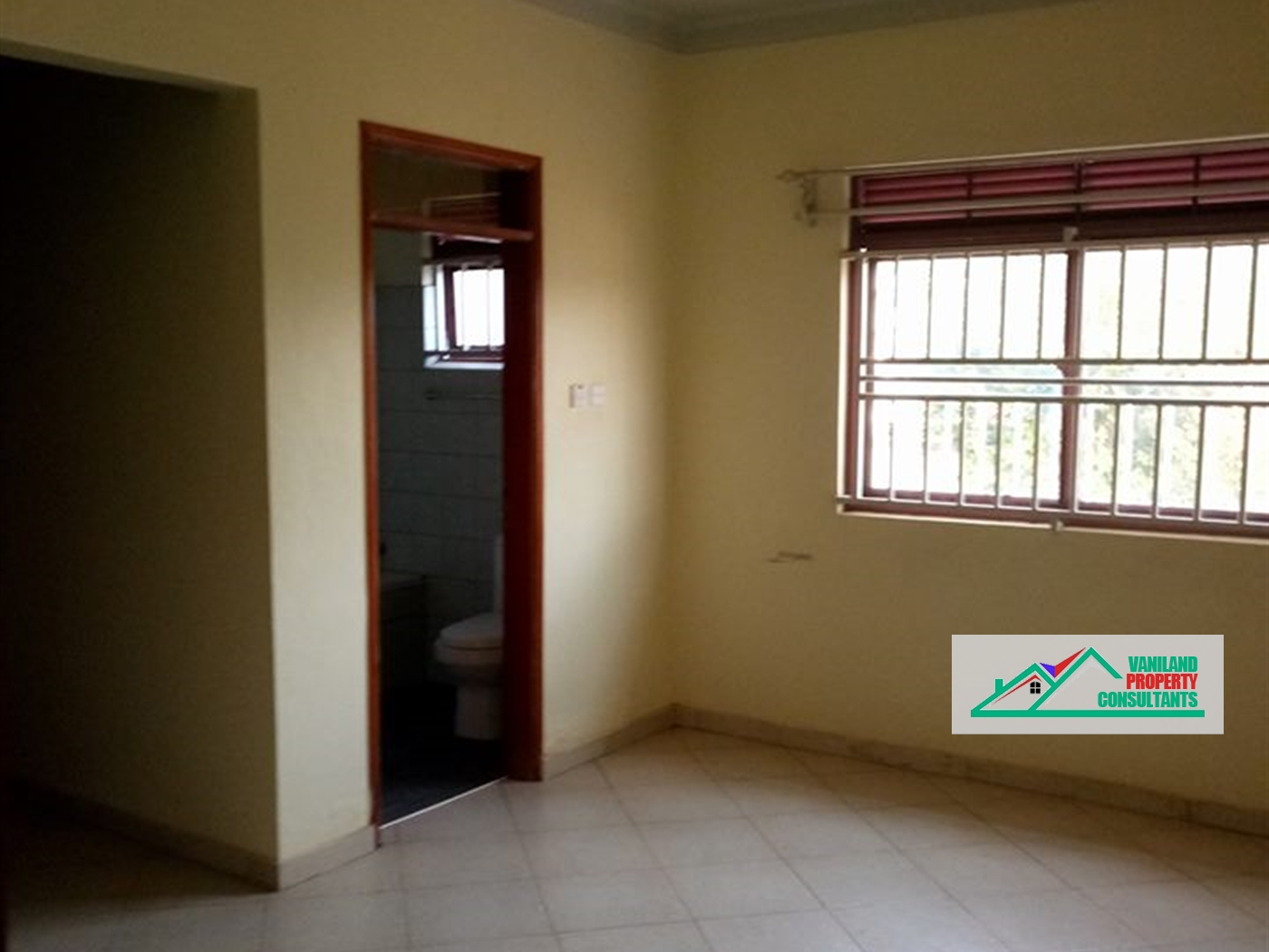 Semi Detached for rent in Kurambiro Kampala