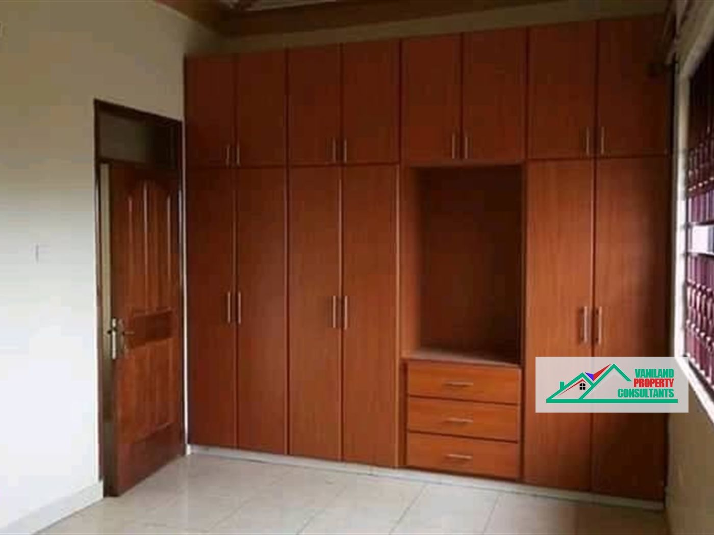 Apartment for rent in Bweyogerere Mukono