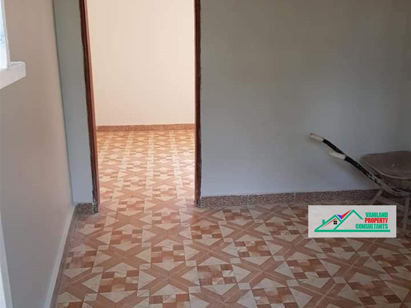 Semi Detached for rent in Kasangati Kampala