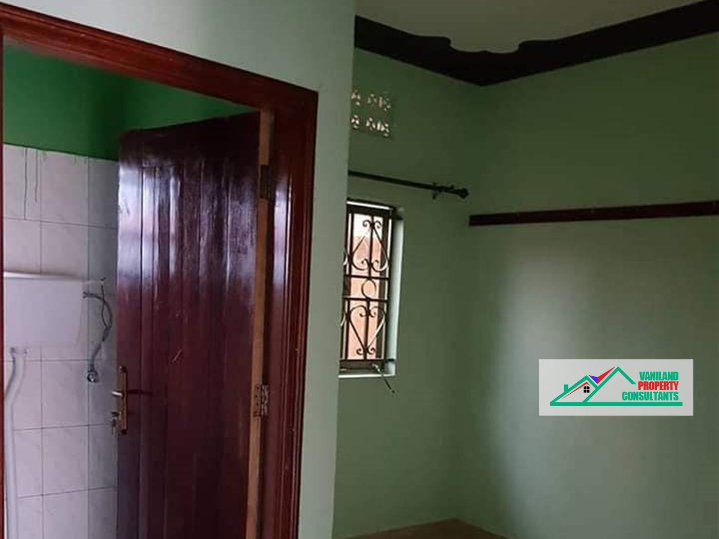 Semi Detached for rent in Kamusanvu Kampala
