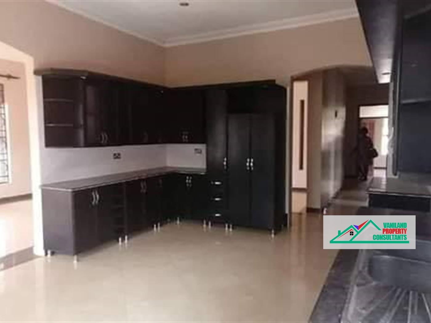 Bungalow for rent in Najjeera Wakiso