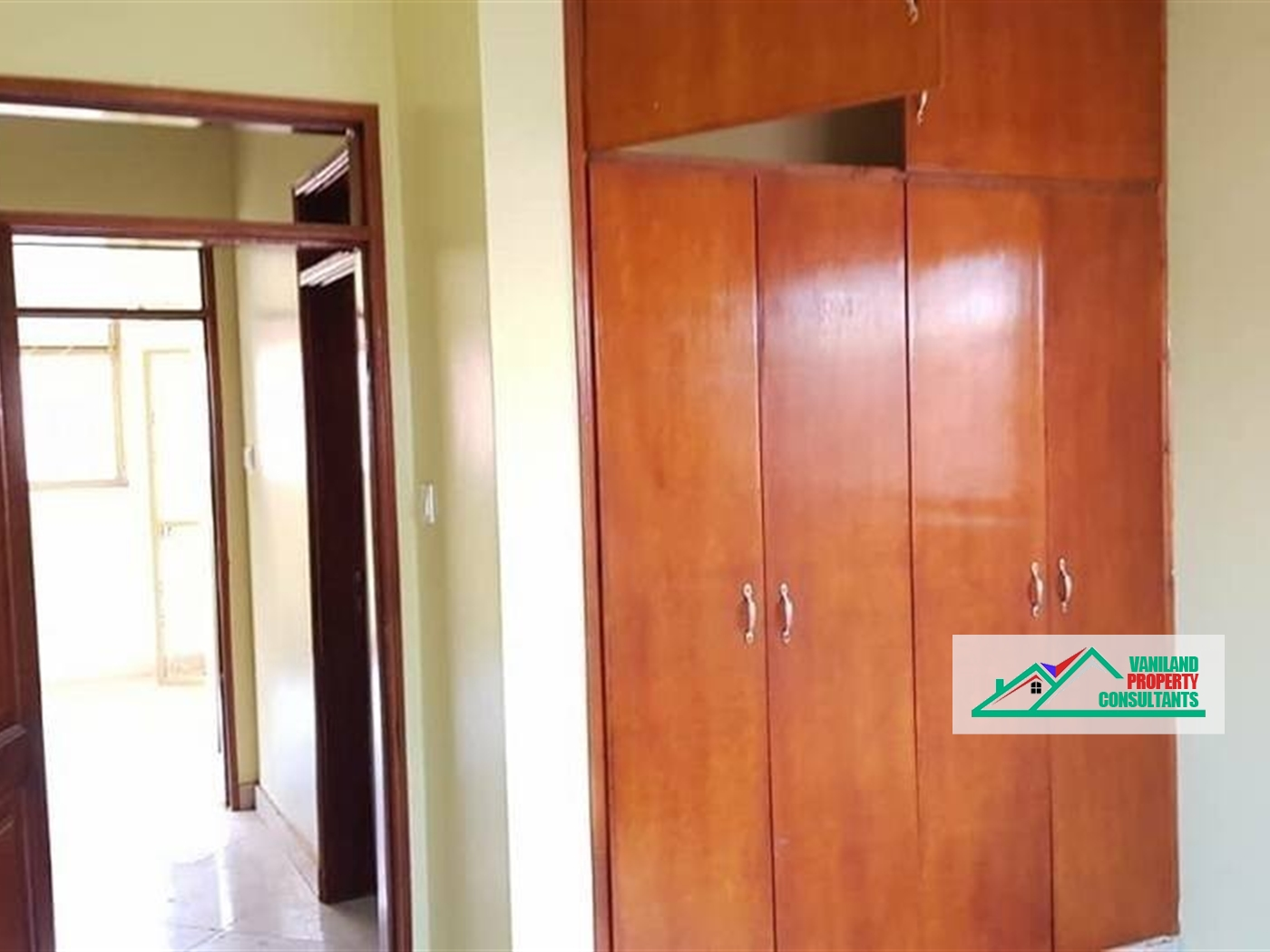 Semi Detached for rent in Kasangati Kampala