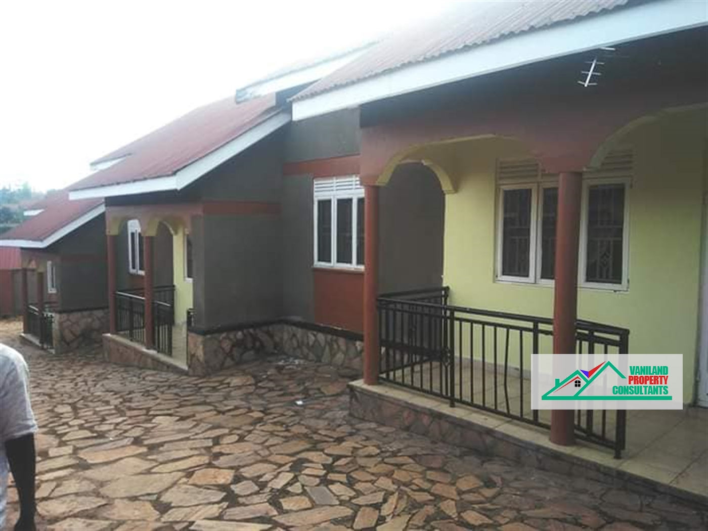 Semi Detached for rent in Naalya Kampala