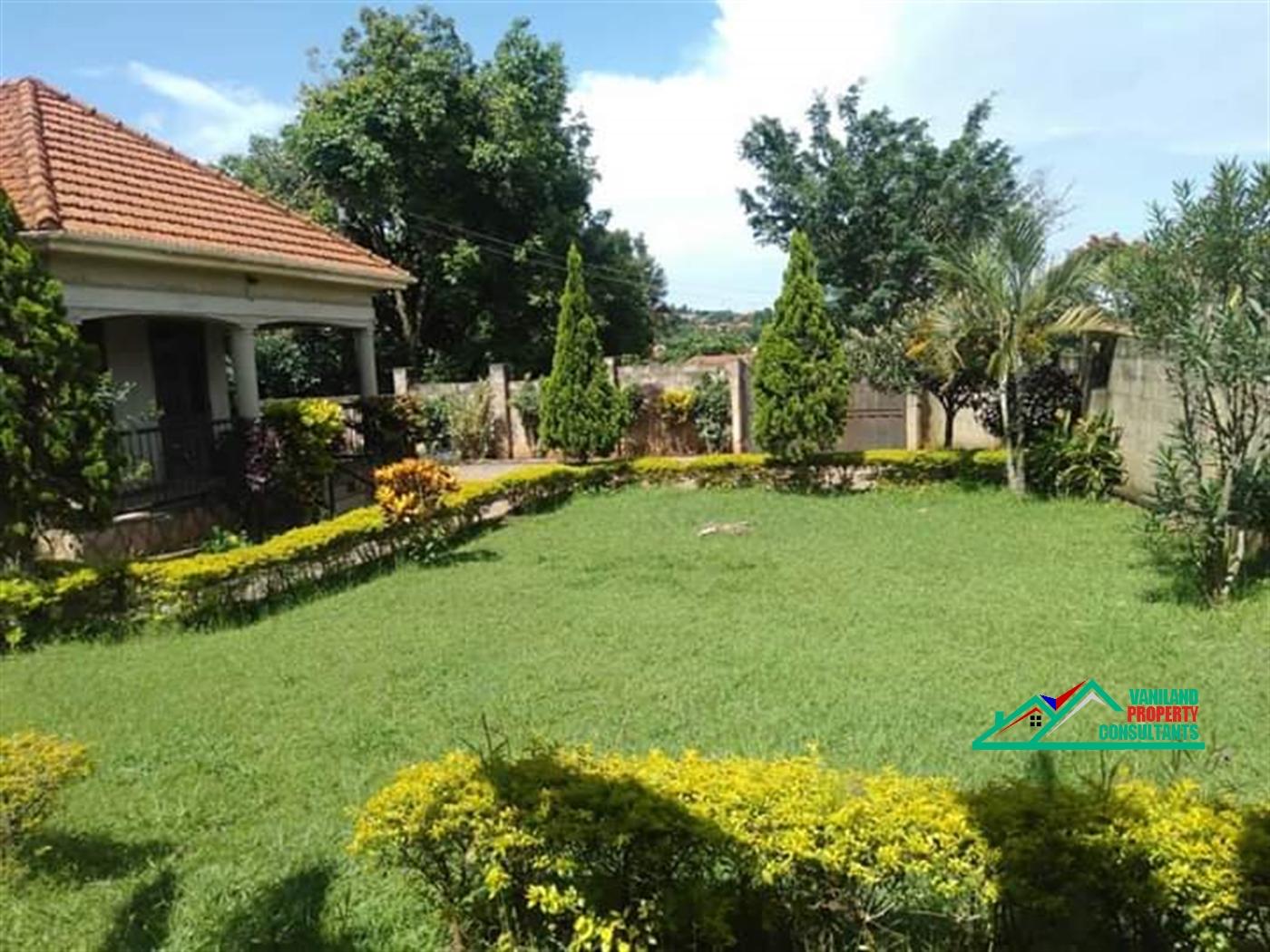Bungalow for sale in Kajjasi Wakiso