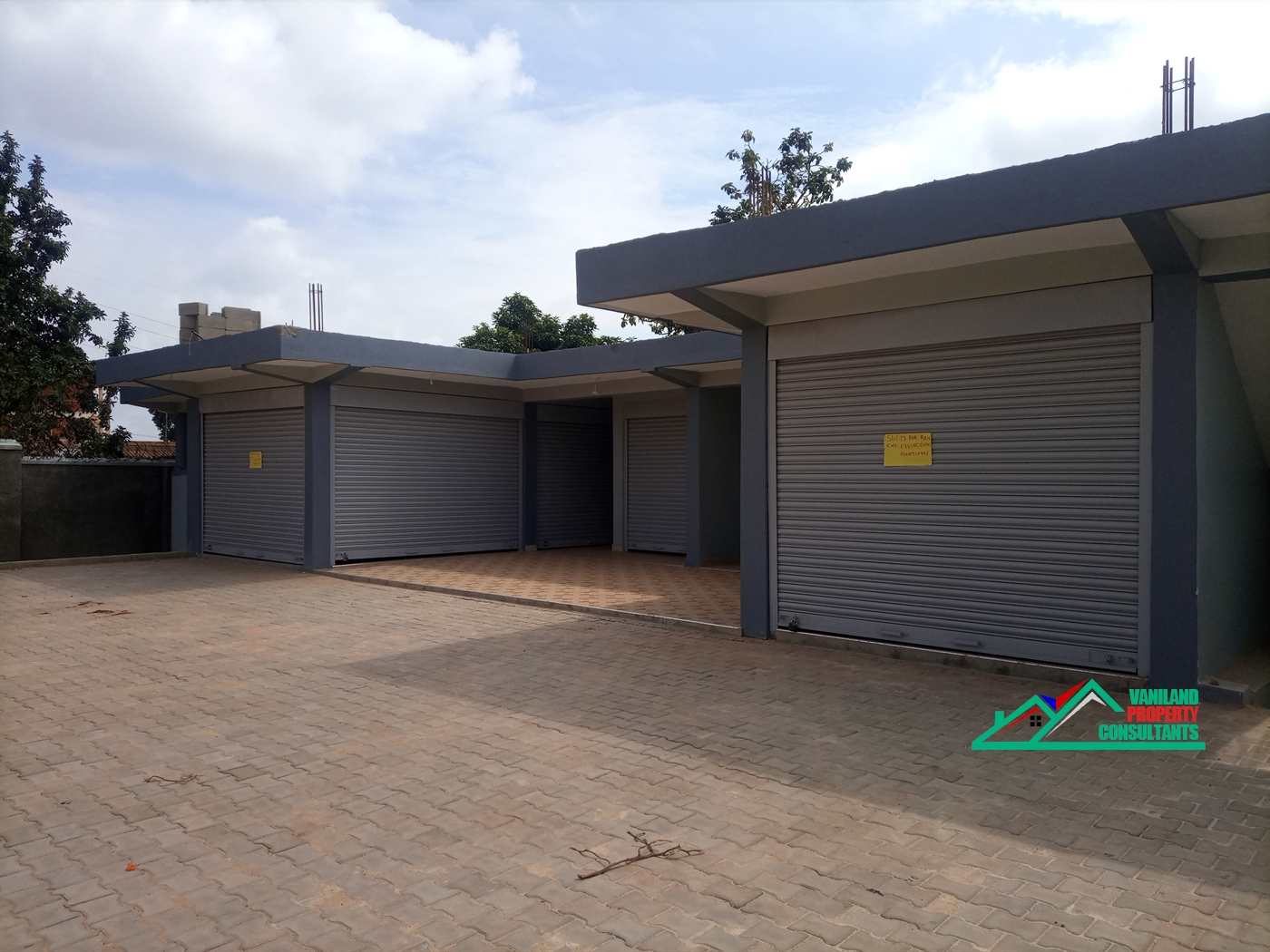 Shop for rent in Seeta Mukono