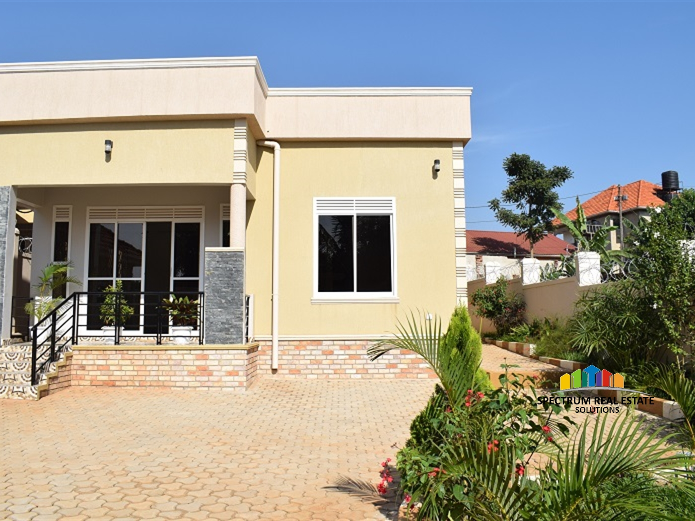 Storyed house for sale in Munyonyo Kampala