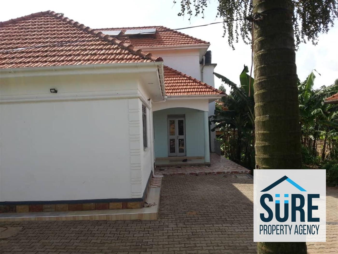Mansion for sale in Bwebajja Wakiso