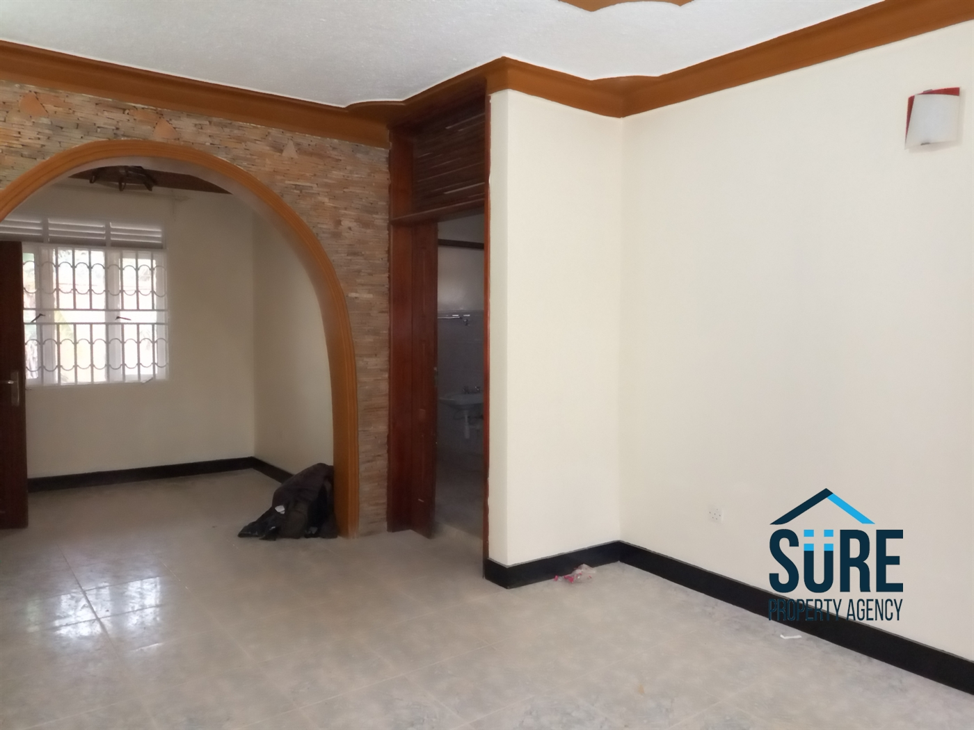 Bungalow for rent in Kira Wakiso