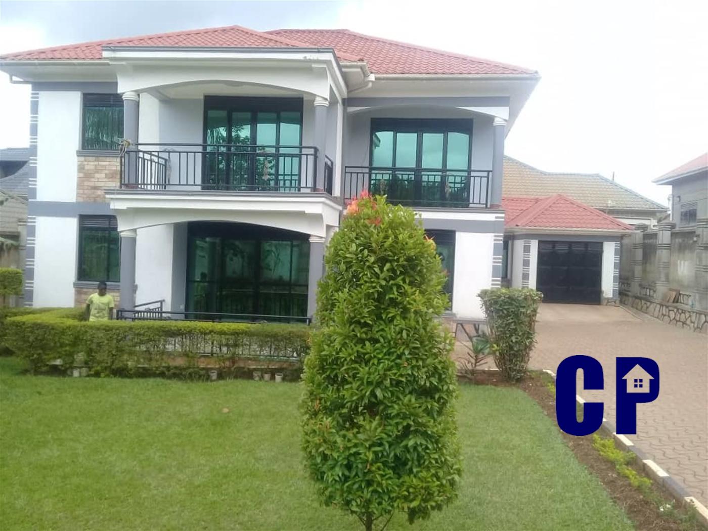 Storyed house for sale in Kitende Wakiso