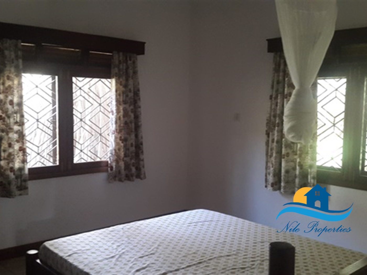 Town House for rent in Walukuba Jinja