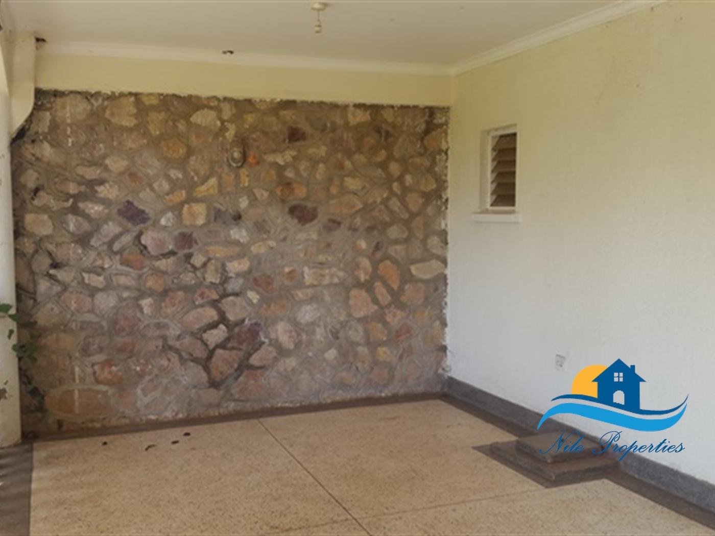 Semi Detached for rent in Kiira Jinja