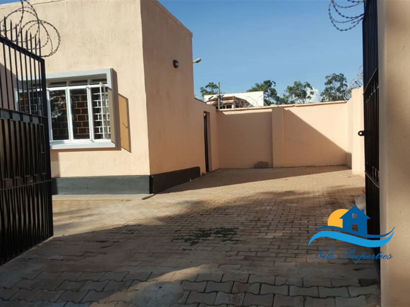 Apartment for rent in Rippon Jinja