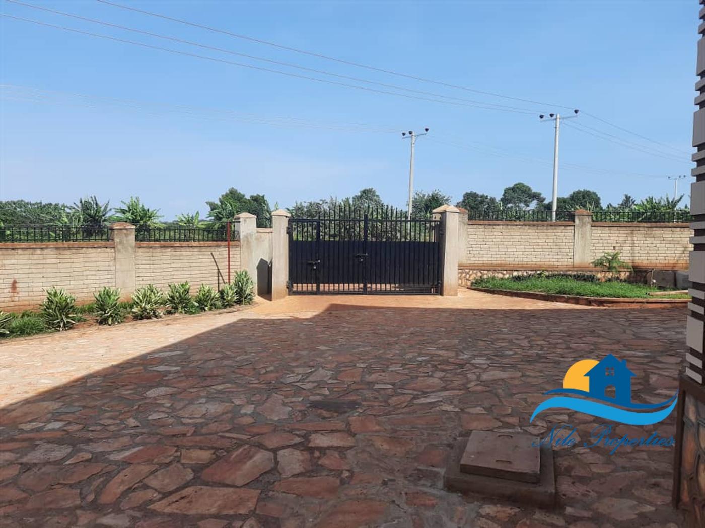 Apartment for rent in Njeru Jinja