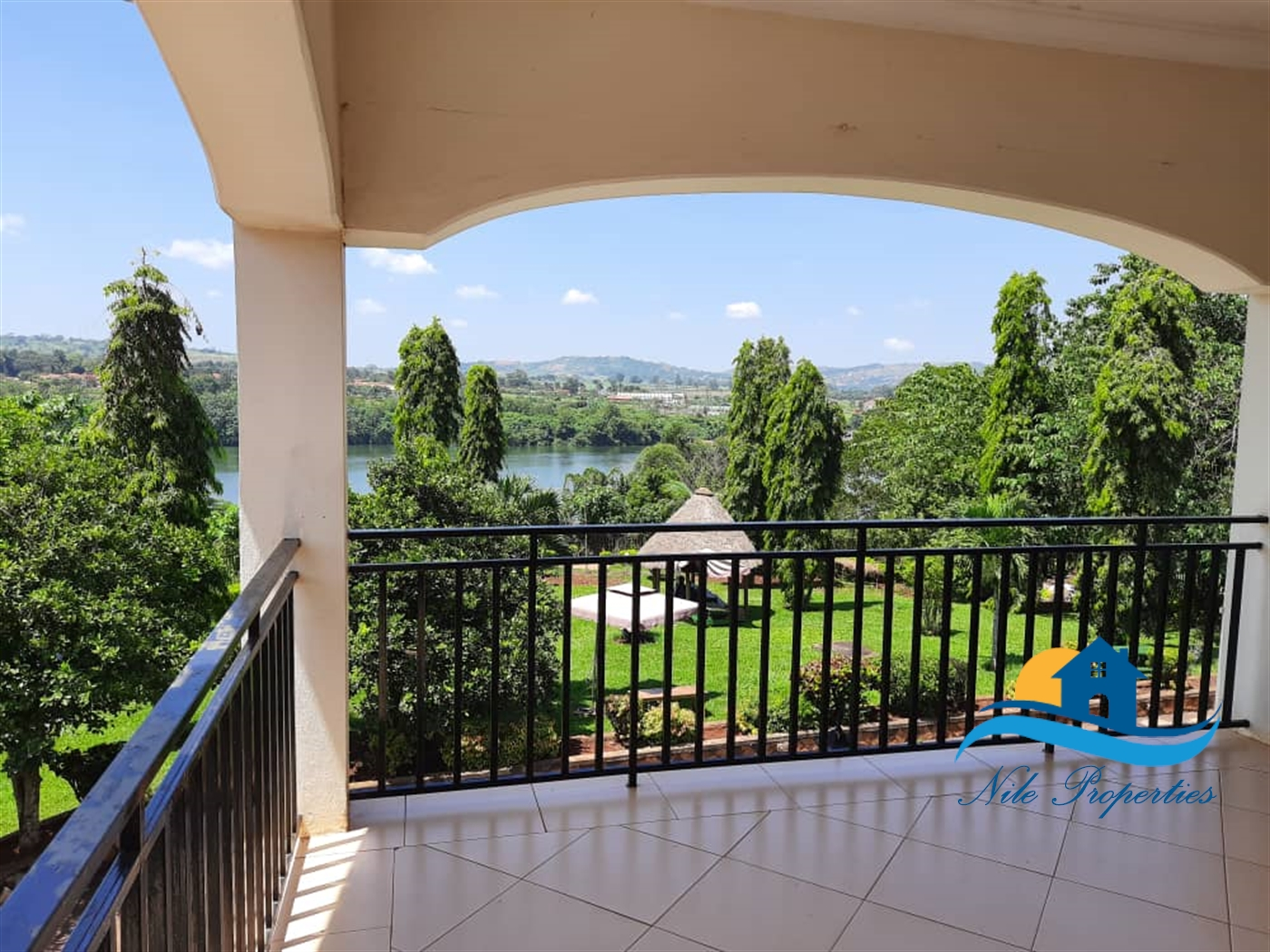 Office Space for rent in Kiira Jinja